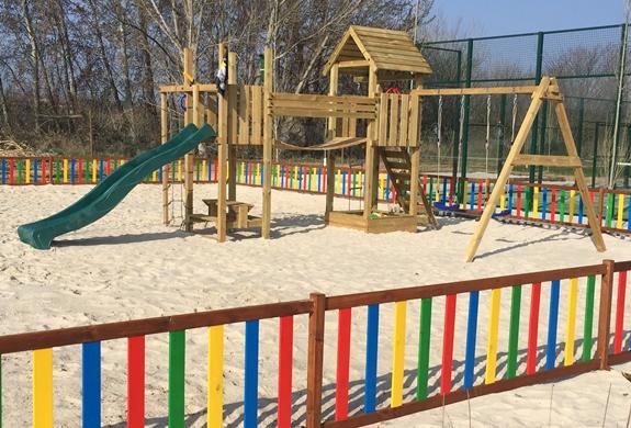 ya tenemos disponible nuestro nuevo parque infantil